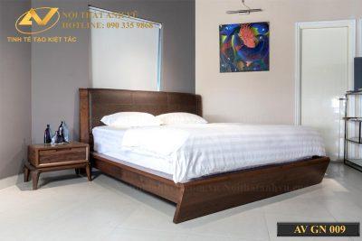 Giường ngủ bằng gỗ óc chó cao cấp 009 - Nội thất Anh Vũ