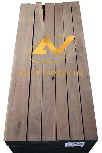 báo giá nội thất gỗ óc chó phụ thuộc vào chất liệu gỗ